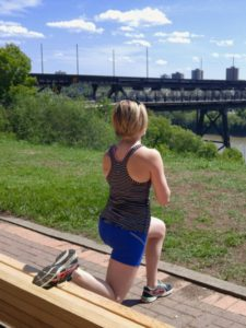 Edmonton Rivervalley Workout - Stretch