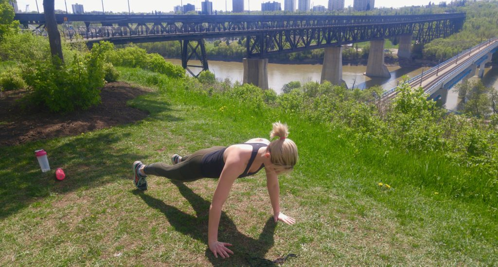 Edmonton Rivervalley workout - plank